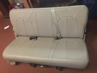 3rd row seat from 2000 Ford Expedition